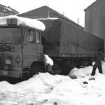 Camión en la Gasolinera